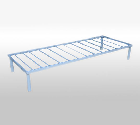 Каркас кровати под ламинат